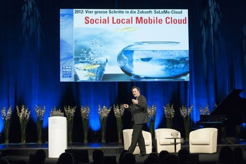 (via MediaFuturist: Some nice pictures from my gig at the Swiss Media Forum)
