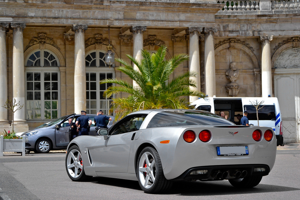 carpr0n:  Great entrance Starring: Chevrolet Corvette C6 (by Alexandre Prévot)