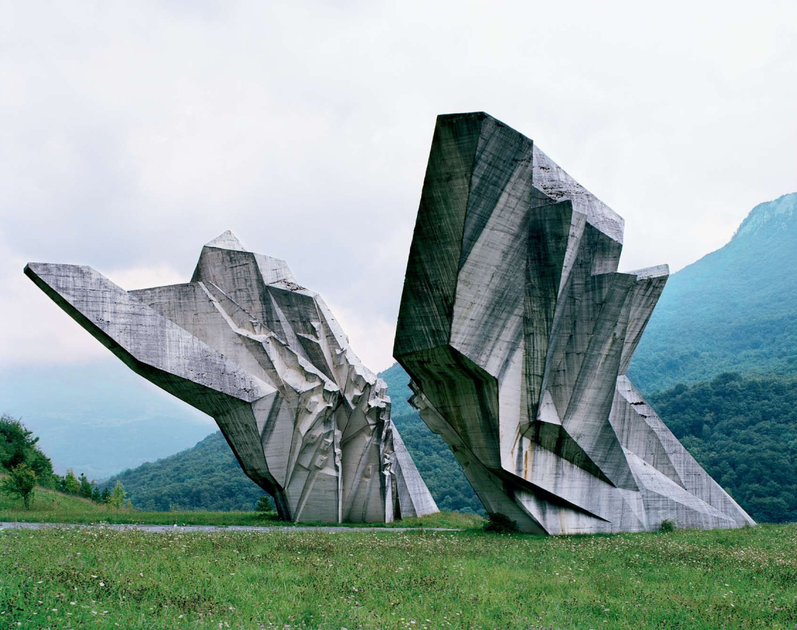 Jan Kempenaers, Spomenik Photographs of monuments in former Yugoslavia.
