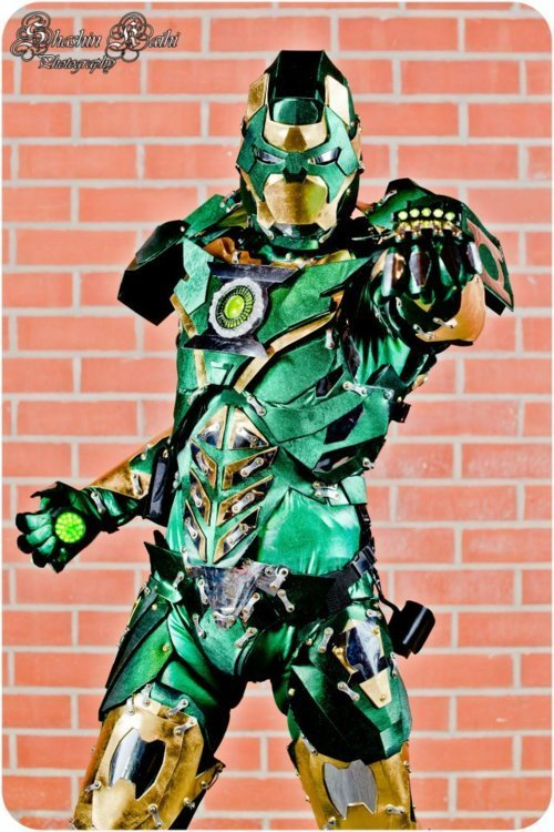 animegeeksplayland:  Iron Lantern, #comics, #cosplay