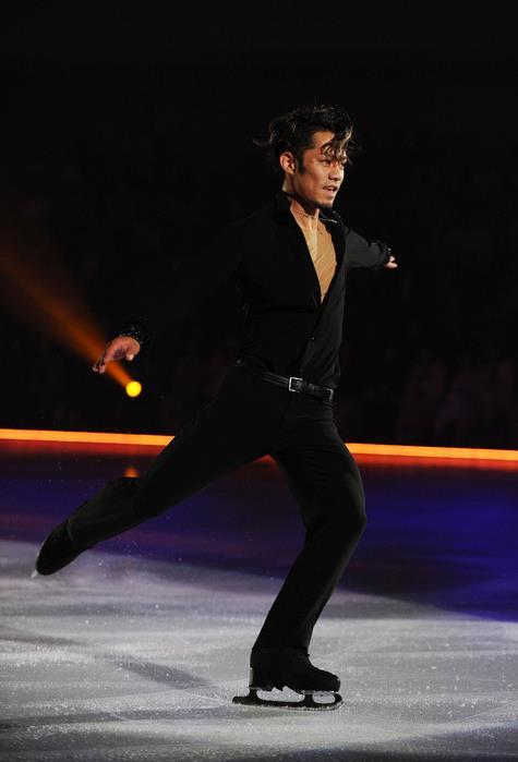 beautiful-shapes:  Daisuke Takahashi DOI 2012