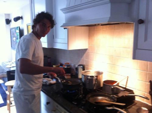 Rafa, Wimbly and cooking - a tradition (via Rafa Nadal)