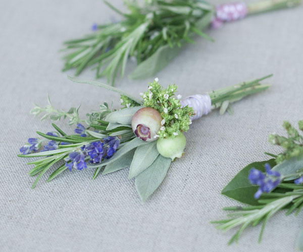 Need a DIY boutonniere idea? Check out these herbal boutonnieres from Chelsea Fuss of Frolic!