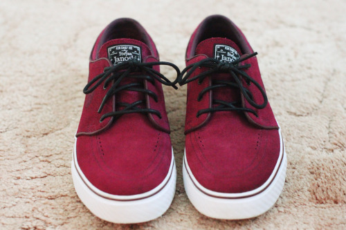 Fresh til death, new pair of Janoski's. Stoked!