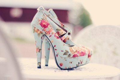 Want them!!! (but I could never walk in those)