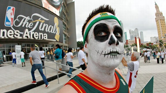 Zombie Sonics fans throw support to Heat I know it's been four years but Seattle deserves to have a NBA Basketball team. Also, it would be great to see a Sonics - Thunder game where they turn back the clock. Perhaps the thunder can wear zombie Sonics Jerseys in that game. No they wouldn't but either way BRING BACK THE SONICS!