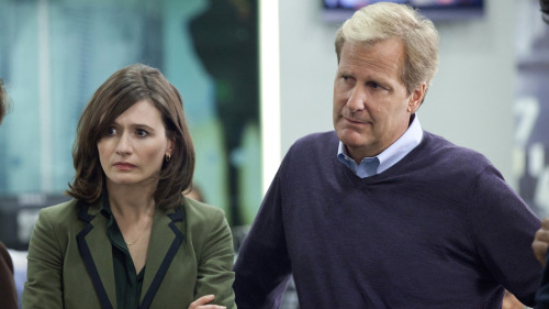 "nprfreshair:  John Powers on The Newsroom:""The show's so riddled with disapproval toward those who watch Fox News, read the tabloids or enjoy reality TV that it feeds the cliche of liberals as smug elitists who reflexively look down on anyone who doesn't agree.""  This does not bode well for Newsroom."