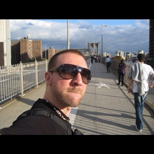 #Staunch #cunt on the #Brooklyn #Bridge, #NewYork 2008. #tbt #throwbackthursday #USA #Amurrica #walking #travel #bloke #cunt #selfie #America (Taken with Instagram)