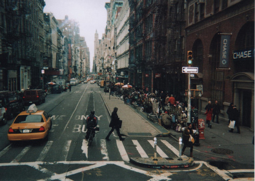 savvydarling:  New York by sophiekeeble on Flickr.