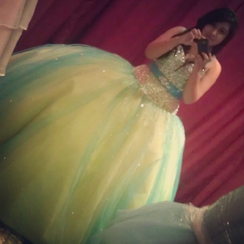 #Oldpicture but I love this dress ^~^ #me #girl #quince #dress #green #blue #myself #beautiful #pretty #cute  (Taken with Instagram)