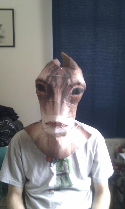 Mark 1 base for a Mordin Solus mask, it's waay too large XD