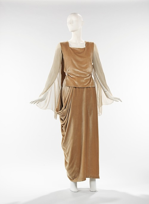 omgthatdress:  Dress 1918 The Metropolitan Museum of Art