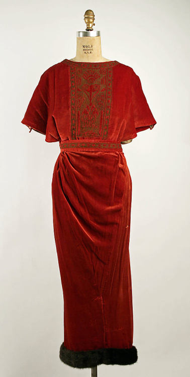 Dinner Dress Vitaldi Babani, 1919 The Metropolitan Museum of Art