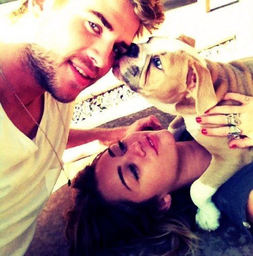 PHOTOS: Miley Cyrus and Liam Hemsworth's Cute Couple Moments