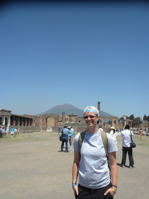 Rule #79 of Italy: See Pompeii and Mt. Vesuvius.