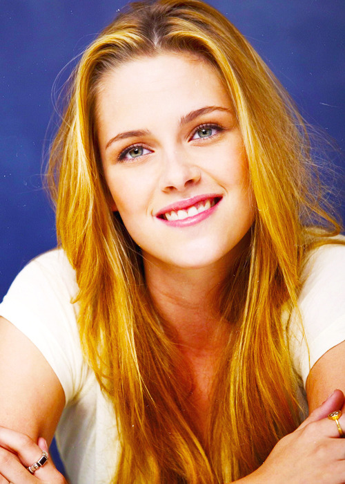 20/25 favorite pictures of Kristen Stewart.