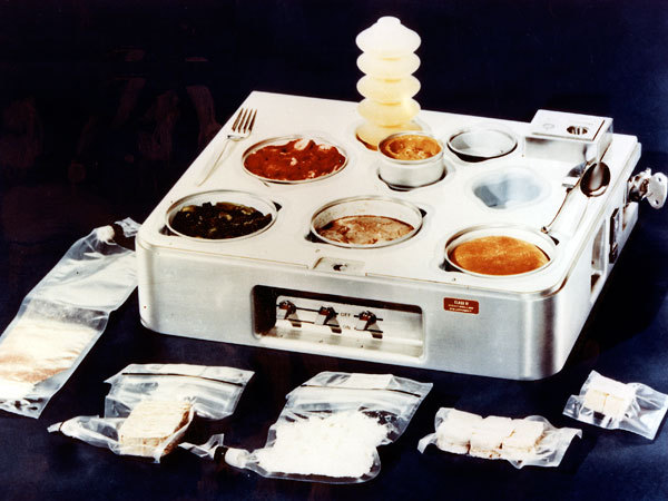 Skylab cooker, used to cook individual food packets. For use with the Burrito Bot.