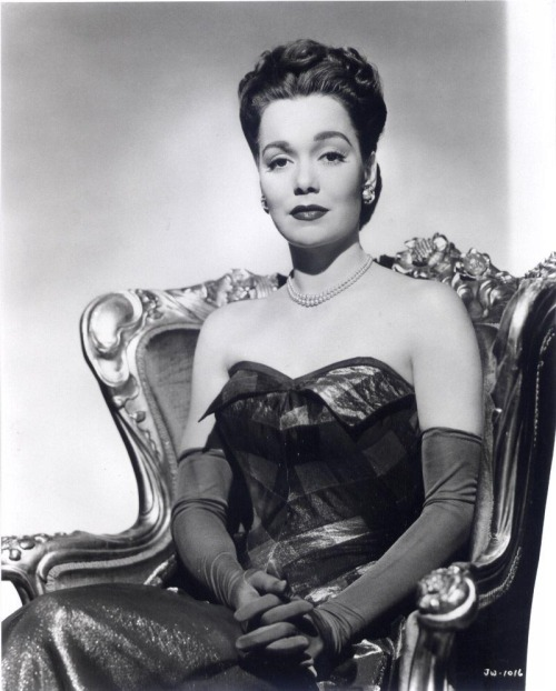 Jane Wyman http://mistressmaddie.blogspot.co.uk