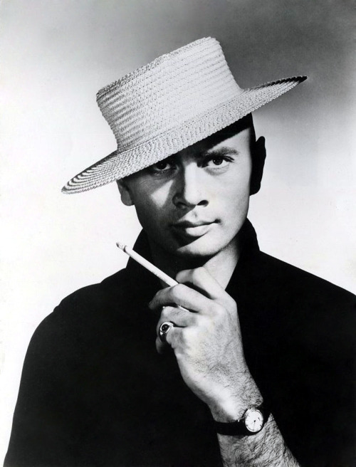 ovadiaandsons:  Yul Brynner  Hahahaha! Oh man! Only Yul Brynner could pull off looking that intense while wearing that hat. Serious, intense, and still goofy. It suddenly occurs to me that if any actor, in history, could've pulled off the pomp/arrogance/menace/grandiosity/intensity/utter silliness necessary to play Namor the Submariner, it woulda been Brynner.