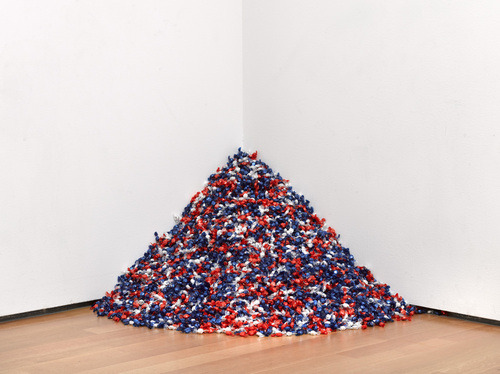 fakechanelbags:  Felix Gonzalez-Torres. Untitled. 1990.