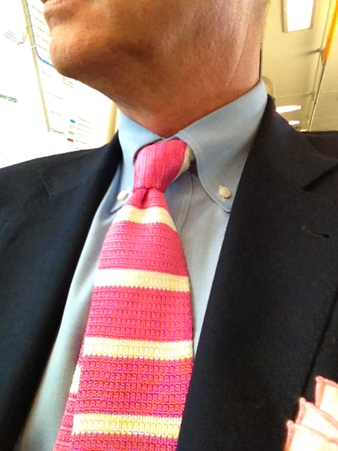 Borrelli silk knit tie in bubblegum pink and vanilla.