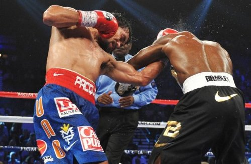 "as expected   pinoytumblr:  WBO says Pacquiao beat Bradley The special five-man panel tasked by World Boxing Organization (WBO) president Francisco ""Paco"" Valcarcel to review the controversial Manny Pacquiao-Timothy Bradley WBO welterweight title fight has reached the conclusion that the Filipino did indeed win the June 9 bout. According to RingTV, all five members of the panel reviewed the bout and all scored it in favor of the Filipino ring icon. Two judges scored it 117-111, while the other three scored it 118-110, 116-112, and 115-113. Read more »"