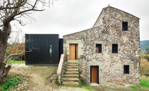 Porch House by Bosch Capdeferro Arquitectures A derelict two-story 1769 stone house made habitable.