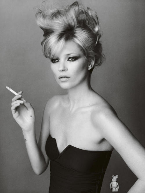 ibkodfashion:  Kate Moss by Mario Testino, Vogue Brazil  Hairstyle idea for New Year's Eve
