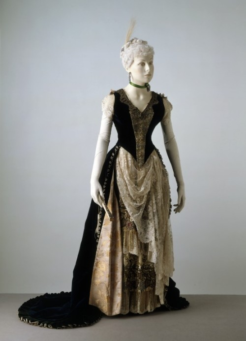 Dress 1887-1888 The Victoria & Albert Museum