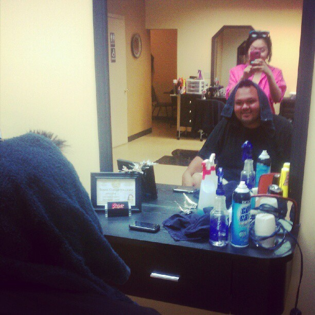 Felipe getting his head cut (Taken with Instagram at Rios Golden Cut)