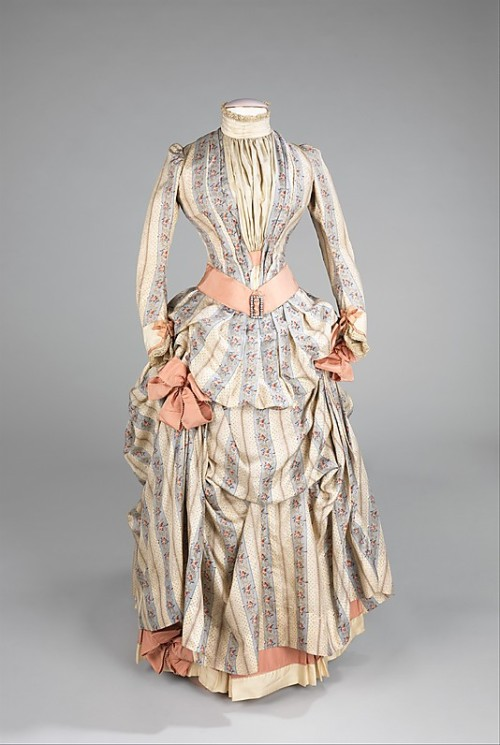 omgthatdress:  Dress 1885 The Metropolitan Museum of Art