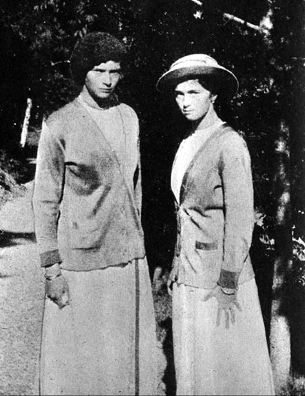 Grand Duchesses Tatiana and Olga c. 1916