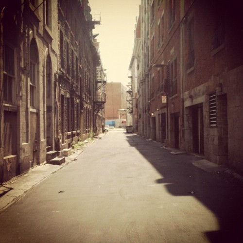 If you're looking for Montreal's dirty secrets, walk the alleyways. Reblogged from golden-glow