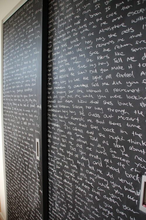 cozed:  evolutional:  madeelinee:  aculs:  Filled my doors with song lyrics. to much time on my hands.  drops of jupiter.  idk about u guys but if my mom walked into my room and saw writing all over my closet door she'd flip shit   It's probably painted with chalkboard paint. My dressers are and I can write all over them.