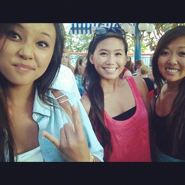 20 minute line at California Screamin with @ktpooo and @nguyencourtney!! 😍👍🎉🎢 #californiascreamin #rollercoaster #shortlines #swag #thuglife #summer #yolo (Taken with Instagram)