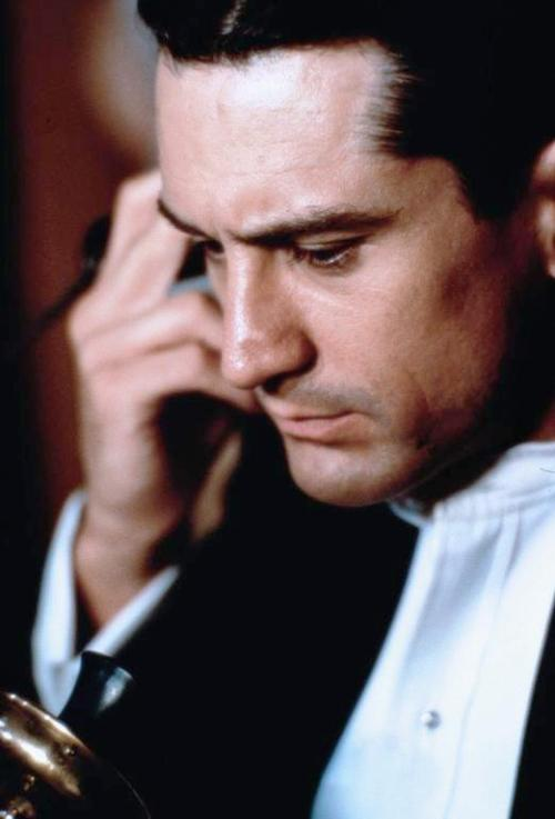 spentmydays:  Robert De Niro in Once Upon a Time in America