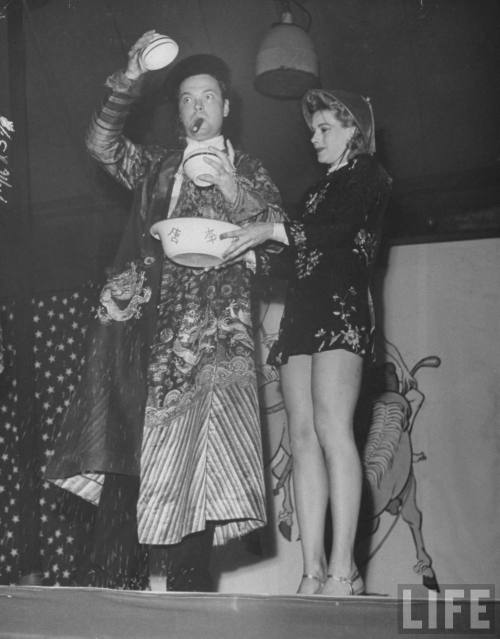 driveintheaterofthemind:  Orson Welles And Mary Rowland Orson Welles Preforms A Magic Show With His Lovely Assistant Mary Rowland. LIFE Magazine August 1945