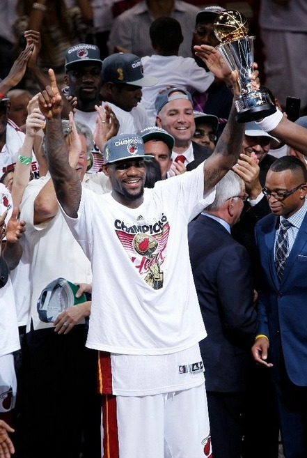 simpleasthatson:  glad lebron finally got his ring