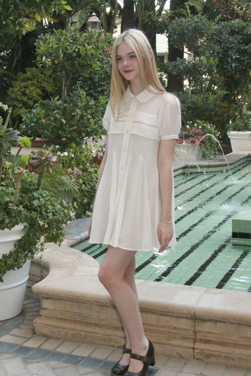 suicideblonde:  Elle Fanning at a press conference for Somewhere, August 8th, 2010