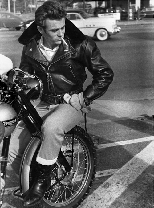 irish-car-bombs:  James Dean
