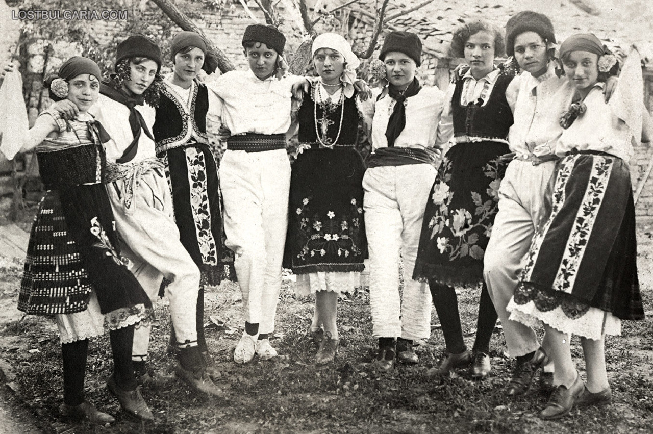 lost-bulgaria:  Young girls dressed in male and female traditional costumes in the 1930s(via  Изгубената България)  Genderplay in vintage Bulgaria? Fuck yes.