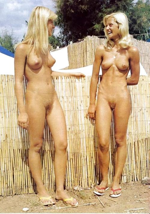 moms girls Nudist and