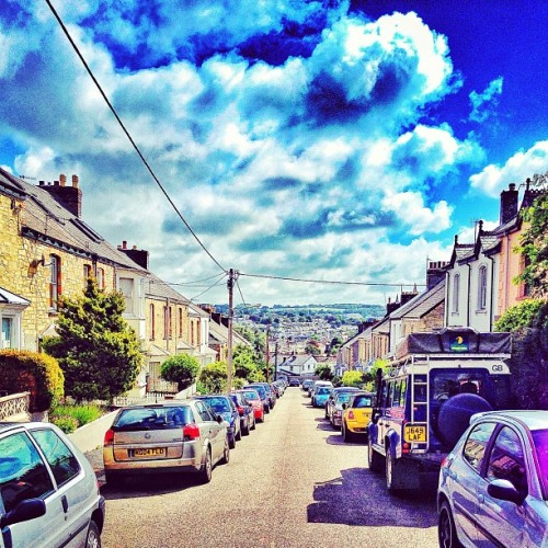 #truro #cloudporn #sky #bluesky #igdaily #igers #igaddict #igtalent #intagramers #instagramhub #instahub #instagood #instatalent #instamood #jj #jjfollow #followme #statigram #photoparade #picoftheday #photooftheday #iphonesia (Taken with Instagram)