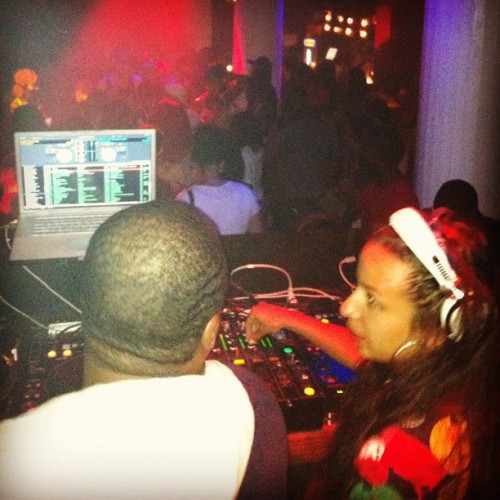 ceemo-blog:  JUST BLAZE & JASMiNE SOLANO LAST NITE…. #1992   Check out Jasmine Solano at the Brooklyn Hip Hop festival after party!