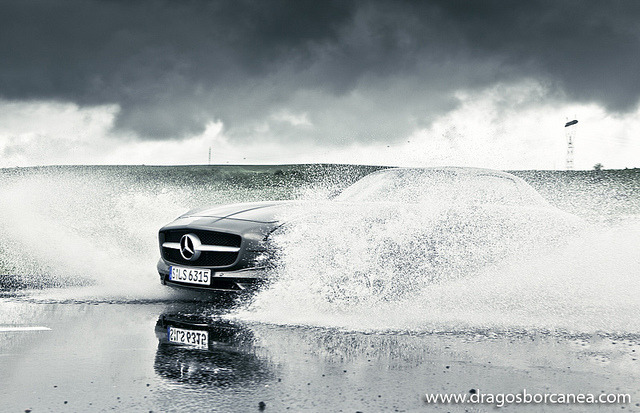 automotivated:  SLS Wake Dragos Borcanea