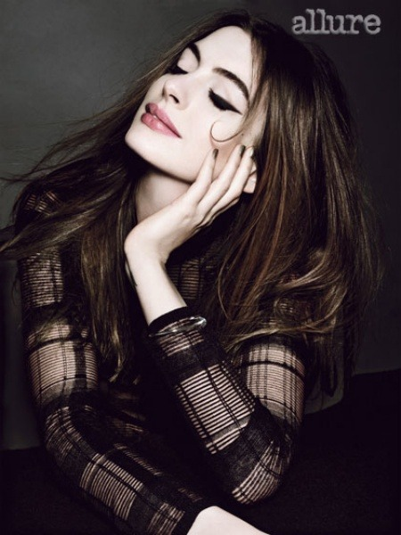 Anne Hathaway in AllureMore photos like this on http://iamhazelle.tumblr.com. :)