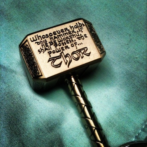 #thor #keychain #avengers #chrishensworth #odin #marvel #comics (Taken with Instagram)