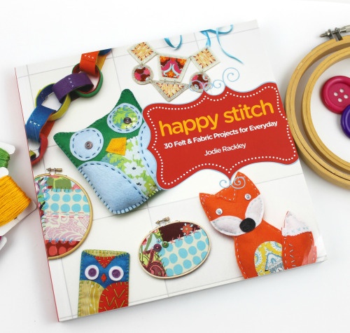 Book Review & Giveaway of my new craft book Happy Stitch over at Craft Gossip! It's open internationally and you have until the 30th to enter!