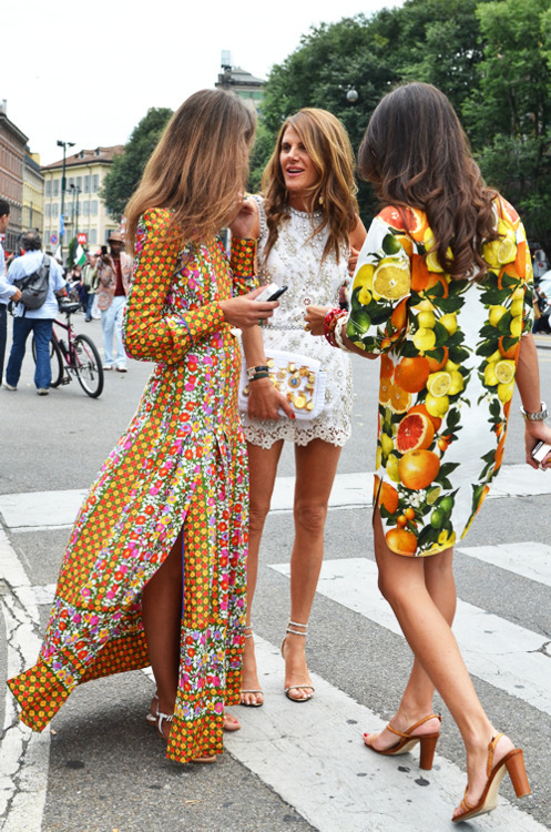 what-do-i-wear:  Anna Dello Russo, Aaurora Sansone and Viviana Volpicello
