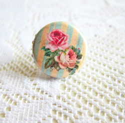 Versailles Rose Ring - JEWELSALEM